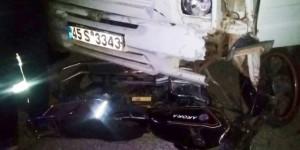 Saruhanlı'da Kamyonet İle Motosiklet Çarpıştı: 1 Yaralı