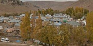 Ağrı Tutak Yukarıkarahalit Köyü