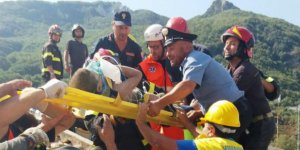İtalya'da 3 çocuk enkazdan sağ kurtarıldı