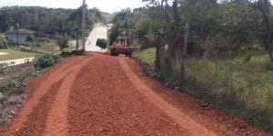 Körfez'de köy yolları yenileniyor