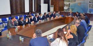 KKTC Turizm ve Çevre Bakanı Ataoğlu TÜGİAD heyetini Kabul etti
