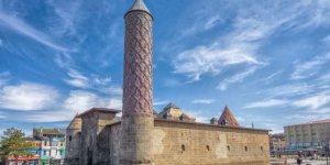 Erzurum Doğumlu Ünlüler