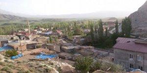 Gemerek Küçüktuzhisar Köyü