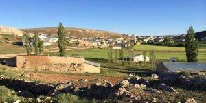 Gürün Davulhüyük Köyü