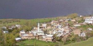 Suşehri Sağpazar Köyü