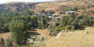 Zara Ahmethacı Köyü
