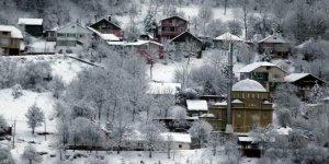 Kaynaşlı Darıyeri Bakacak Köyü