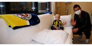 Fenerbahçe Kaptanı Emre Belözoğlu'ndan Anlamlı Ziyaret