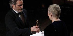 En İyi Erkek Oyuncu Oscar Ödülünü Kim Kazandı
