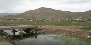 Ağrı Doğubeyazıt Yalınsaz Köyü