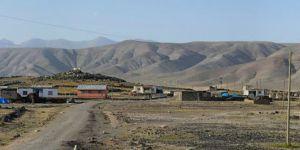 Ağrı Doğubeyazıt Üçgöze Köyü