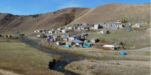 Ağrı Eleşkirt Karabacak Köyü