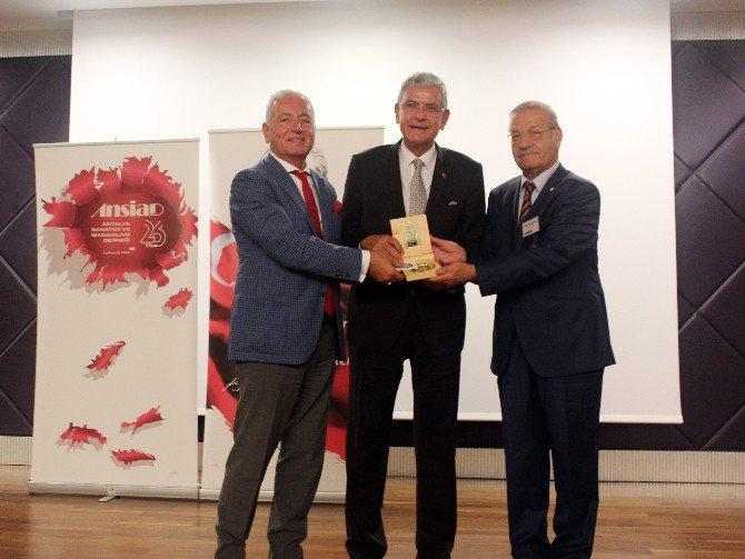 Eski Ab Bakanı Bozkır, Antalya'da İş Adamlarıyla Buluştu