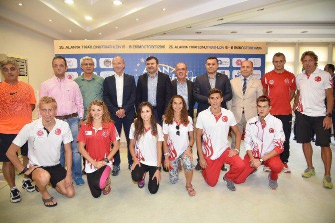 Alanya Etu Triatlon Avrupa Kupa Finali'nin Basın Toplantısı Gerçekleştirildi
