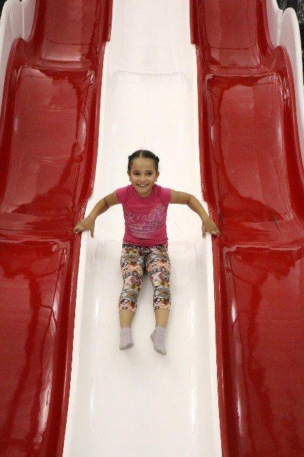 Çocukların Yeni Gözdesi Zıp Zıp Park