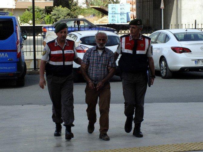 6 Ayrı Hırsızlık Suçundan Aranan Şahıs Serik'te Yakalandı