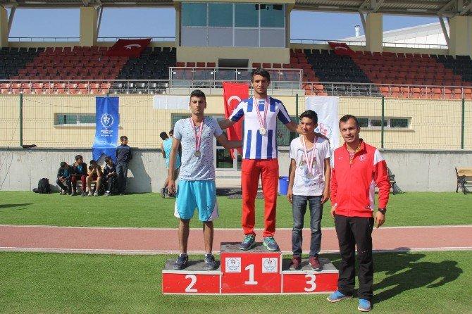 """Erzincan'da """"Amatör Spor Haftası"""" Atletizm Yarışmaları"""