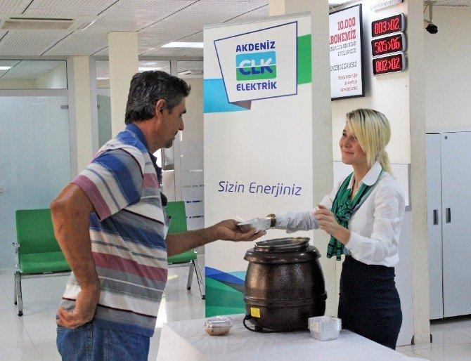 Clk Akdeniz Elektrik'ten 'Aşure' İkramı