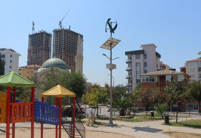 Kartal'ın Parkları Gücünü Güneş Ve Rüzgardan Alıyor