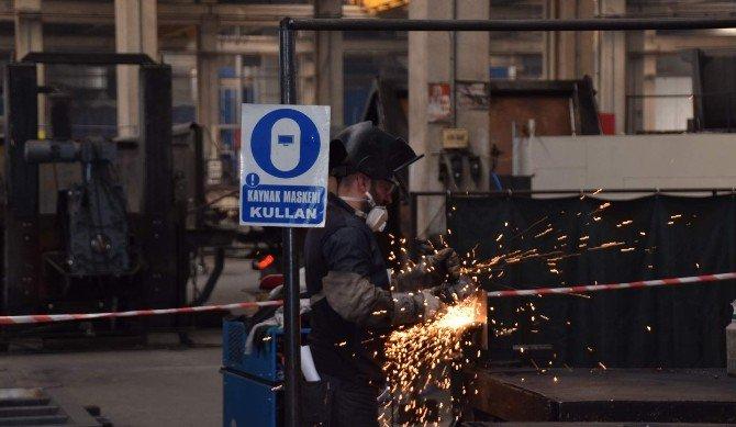 Aliağa'da Çelik Kaynakçılar Mesleki Yeterlilik Sınavında