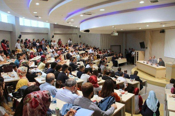 Üniversitede Öğrenci Çalıştayı Düzenlendi