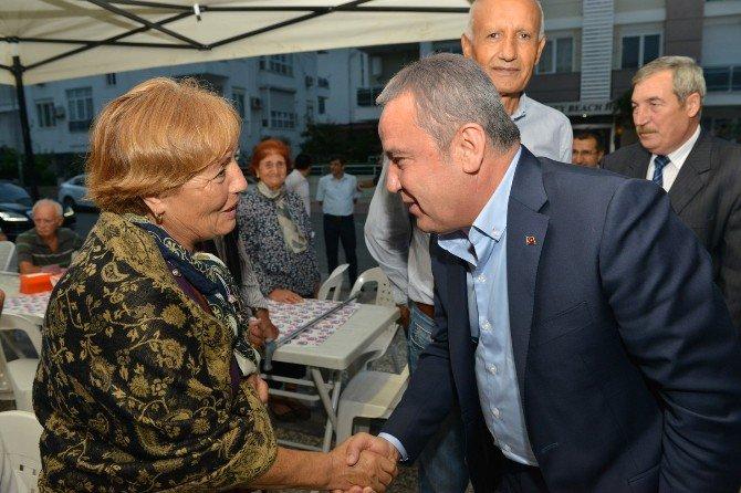Başkan Böcek, Gürsu Cemevi'nde İftar Verdi