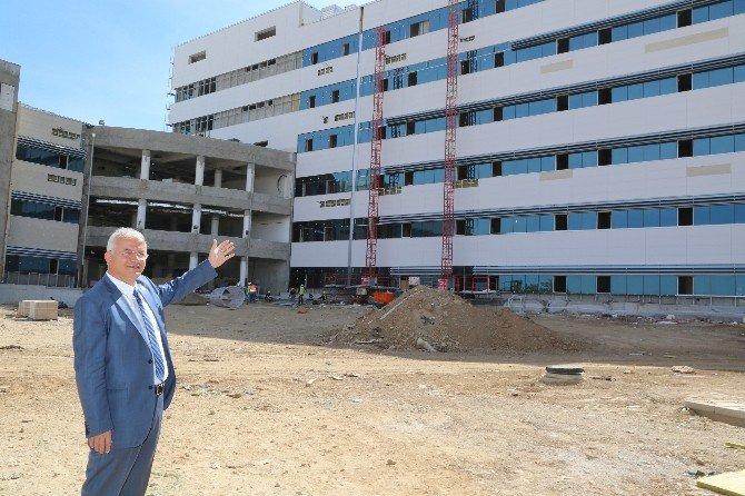 Torbalı'da Yeni Hastane Bitişiğine Avm Müjdesi