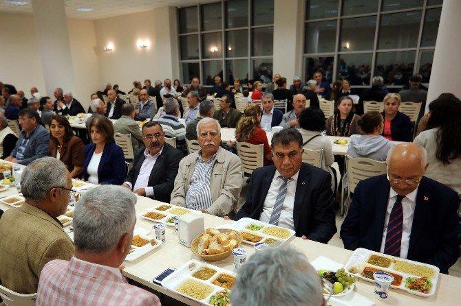 Oruçlar Serçeşme Cemevi'nde Açıldı