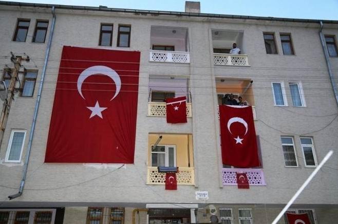 Vali Kamçı Şehit Furkan Hamamcı'nın Mevlidine Katıldı