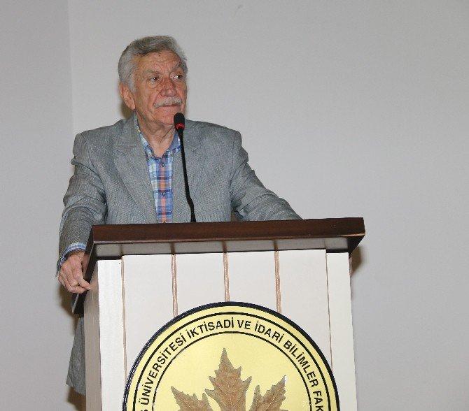 """Prof. Dr. Şahin: """"Misyonerlerin Hedefi Gayrimüslimlerdi"""""""
