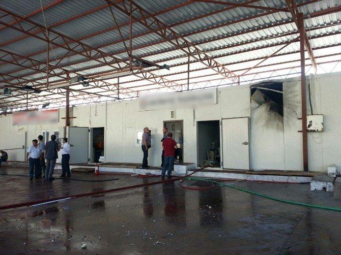 """Antalya Valiliği: """"Sebebi Araştırılan Patlamada Yaralı Ve Can Kaybı Yok"""""""