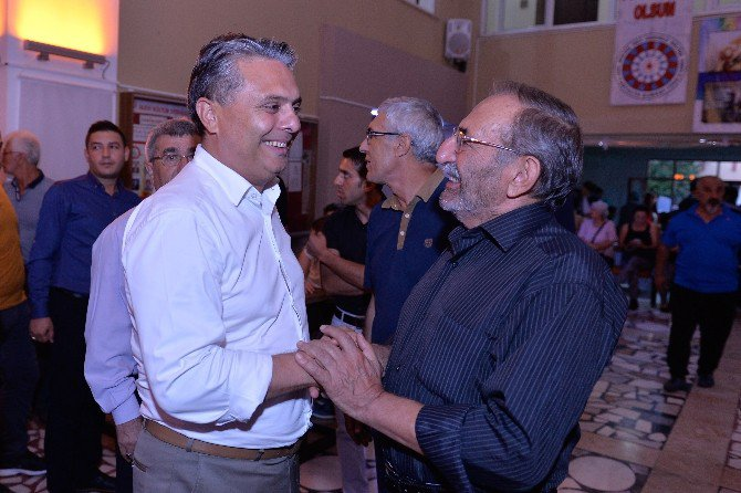 Başkan Uysal, Cemevi'nde Oruç Açma Lokmasına Katıldı