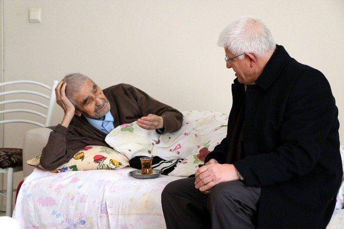 Millioğulları Hasta Ziyaretlerinde Bulundu