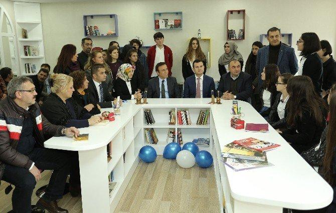 Şehit Kaymakam Muhammed Fatih Safitürk Edebiyat Atölyesi Açıldı