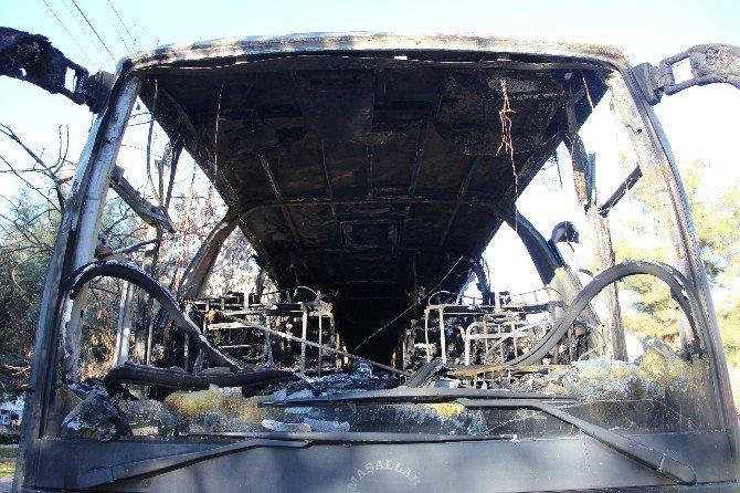 Diyarbakır'da 3 Otobüs Kundaklandı