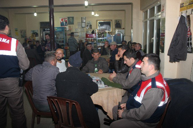 Malkara Jandarma Ekibi Halkı Bilinçlendiriyor