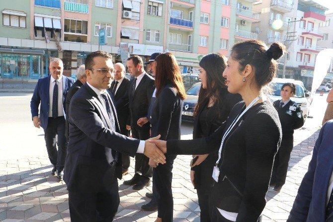 Büyükşehirin Akhisar'daki Çalışmaları İncelendi