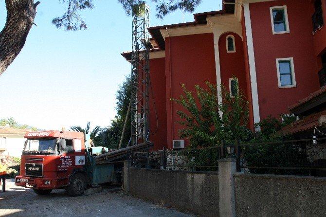 Marmaris'te Kansere İyi Gelen Jeotermal Su Tabakasına Rastlandı