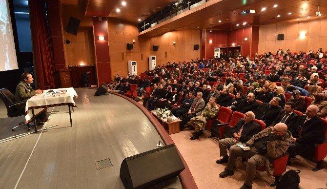 Yazar Bülent Akyürek Ahlat'ta Konferans Verdi