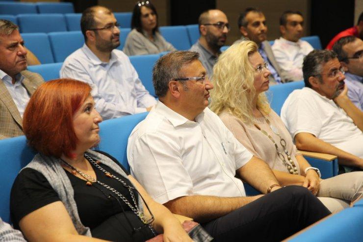AGÜ'de kariyer danışmanlığı eğitimi