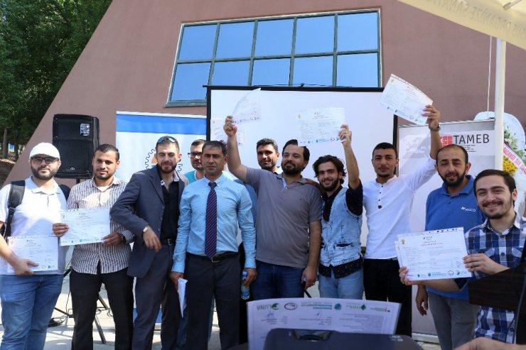 Suriyeli ve Türklerden oluşan 40 gence mesleki eğitim