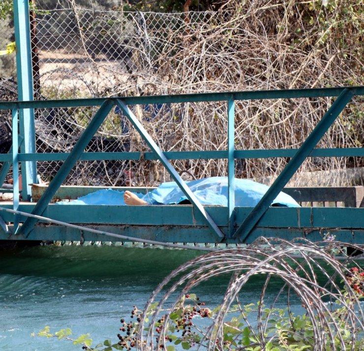 Yangından korkup kendini sulama kanalına atan kadın hayatını kaybetti