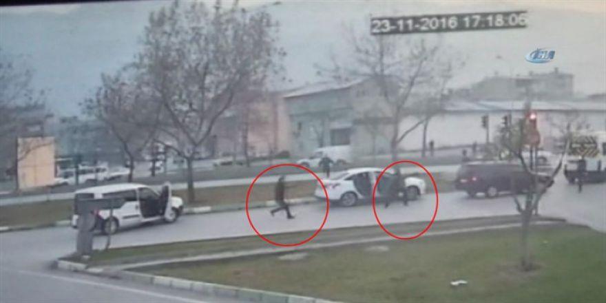 Polise ateş açtı silahla vuruldu: İşte o anlar
